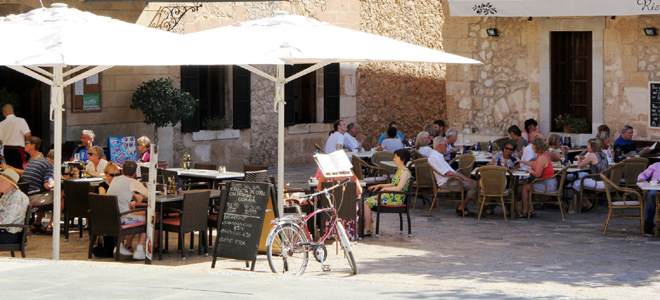 Placa Major, Pollenca, Mallorca